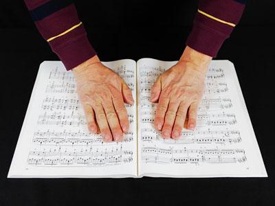 楽譜 真ん中を圧する